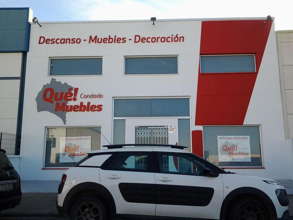 decoracion-de-fachada-qué-muebles